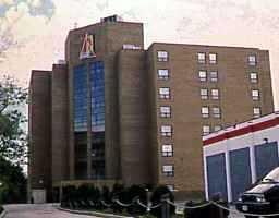 Main Photo: 302 1660 PEMBINA Highway in WINNIPEG: Fort Garry / Whyte Ridge / St Norbert Condominium for sale (South Winnipeg)  : MLS®# 2000332
