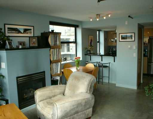 "Main Photo: 428 W 8TH Ave in Vancouver: Mount Pleasant VW Condo for sale in ""EXTRAORDINARY LOFTS (XL)"" (Vancouver West)  : MLS®# V631543"