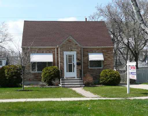 Main Photo: 284 MOORGATE Street in WINNIPEG: St James Residential for sale (West Winnipeg)  : MLS®# 2807822