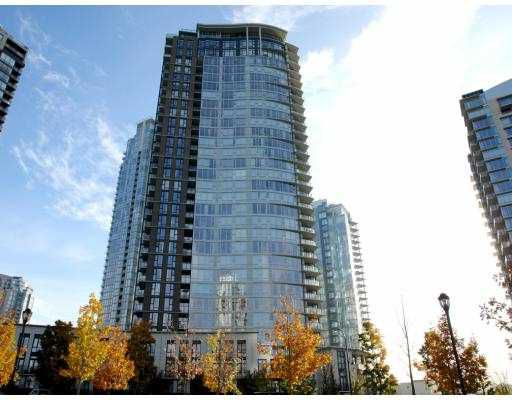 "Main Photo: 803 455 BEACH Crescent in Vancouver: False Creek North Condo for sale in ""PARK WEST I"" (Vancouver West)  : MLS®# V675247"