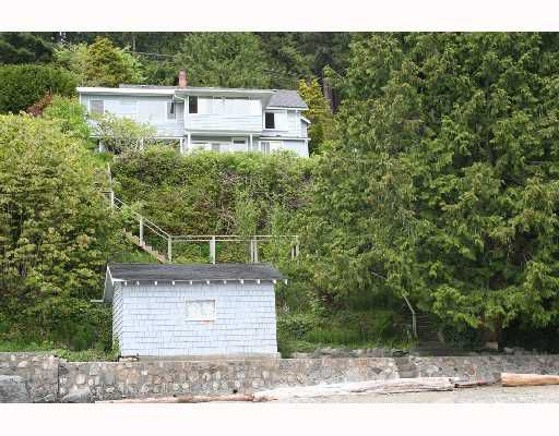 "Main Photo: 884 MARINE Drive in Gibsons: Gibsons & Area House for sale in ""GRANTHAMS/SOAMES"" (Sunshine Coast)  : MLS®# V712199"
