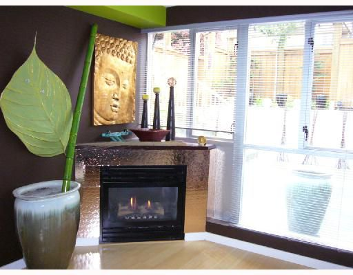 """Main Photo: 210 122 E 3RD Street in North_Vancouver: Lower Lonsdale Condo for sale in """"SAUSALITO"""" (North Vancouver)  : MLS®# V661304"""