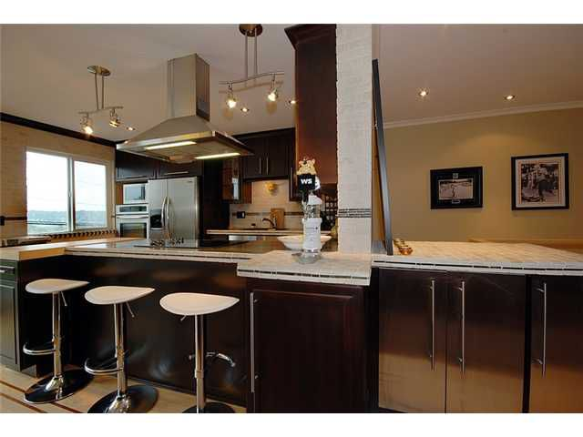 Main Photo: # 2 312 CARNARVON ST in New Westminster: Downtown NW Condo for sale : MLS®# V912836