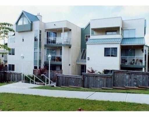 """Main Photo: 101 518 13TH Street in New_Westminster: Uptown NW Condo for sale in """"CONVENTRY COURT"""" (New Westminster)  : MLS®# V680884"""