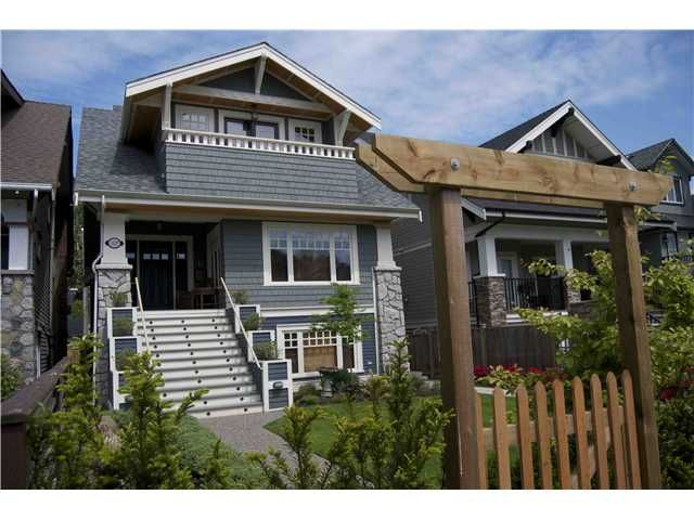 Main Photo: 3327 W. 2nd Avenue in Vancouver: Kitsilano House for sale (Vancouver West)  : MLS®# V921793