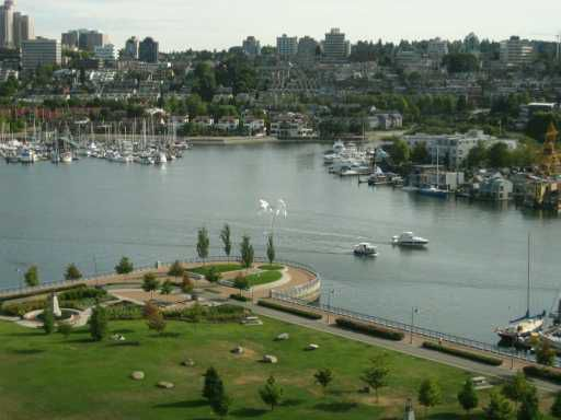 """Main Photo: 638 BEACH Crescent in Vancouver: False Creek North Condo for sale in """"ICON"""" (Vancouver West)  : MLS®# V609341"""