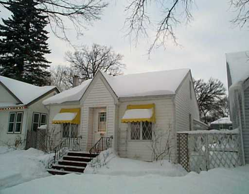 Main Photo: 1161 DORCHESTER Avenue in Winnipeg: Fort Rouge / Crescentwood / Riverview Single Family Detached for sale (South Winnipeg)  : MLS®# 2500264
