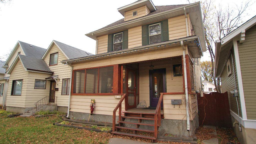 Main Photo: 45 Carmen Avenue in Winnipeg: East Kildonan Residential for sale (North East Winnipeg)  : MLS®# 1121385