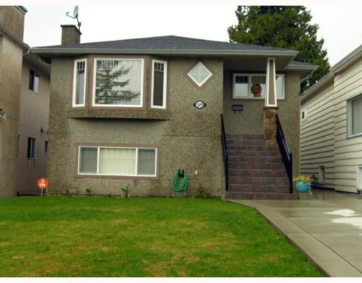 Main Photo: 109 N GROSVENOR Ave in Burnaby: Capitol Hill BN House for sale (Burnaby North)  : MLS®# V637631