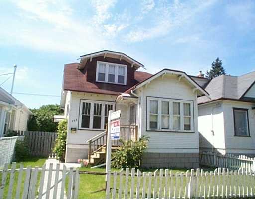 Main Photo: 548 REDWOOD Avenue in Winnipeg: North End Single Family Detached for sale (North West Winnipeg)  : MLS®# 2510657
