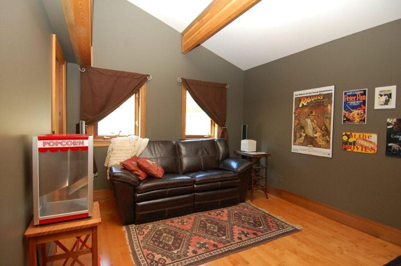 Photo 6: Photos: 3431 KINGBURNE DRIVE in COBBLE HILL: House for sale : MLS®# 283933