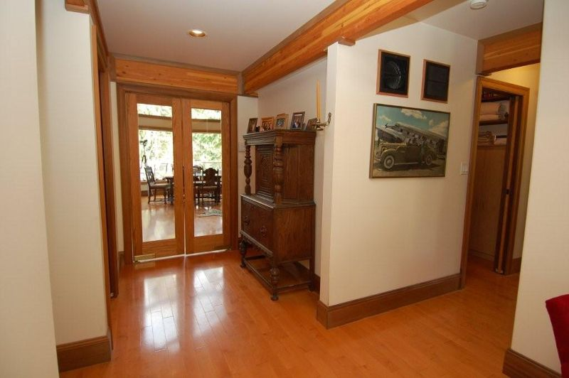 Photo 12: Photos: 3431 KINGBURNE DRIVE in COBBLE HILL: House for sale : MLS®# 283933
