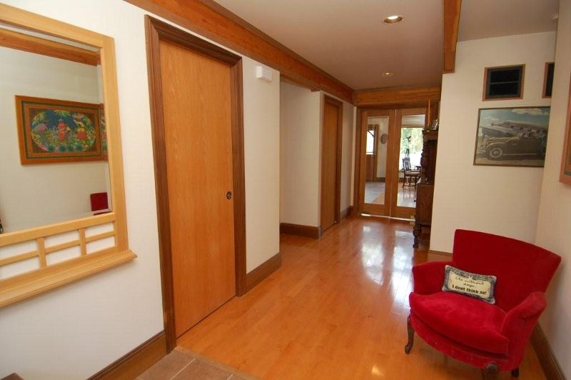 Photo 5: Photos: 3431 KINGBURNE DRIVE in COBBLE HILL: House for sale : MLS®# 283933