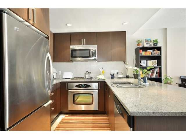 Main Photo: #906-2978 Glen Dr. in Coquitlam: North Coquitlam Condo