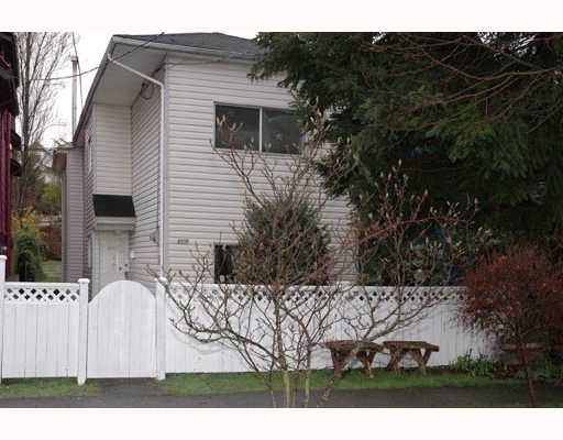 "Main Photo: 4335 JOHN Street in Vancouver: Main House for sale in ""W"" (Vancouver East)  : MLS®# V691137"