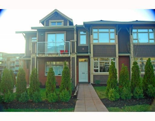 Main Photo: 7333 MacPherson Avenue in Burnaby: Metrotown Condo  (Burnaby South)  : MLS®# V799834