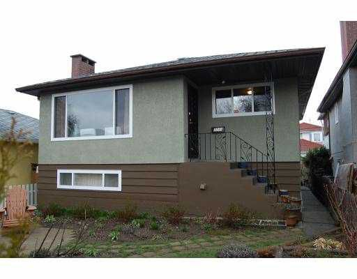 Main Photo: 3249 E 26TH AV in Vancouver: Renfrew Heights House for sale (Vancouver East)  : MLS®# V758751