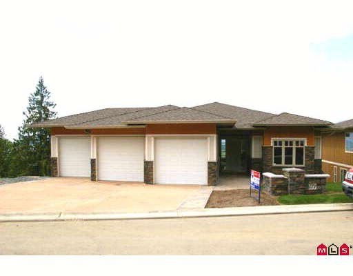 """Main Photo: 177 51075 FALLS Court in Chilliwack: Eastern Hillsides House for sale in """"EMERALD RIDGE"""" : MLS®# H2705308"""