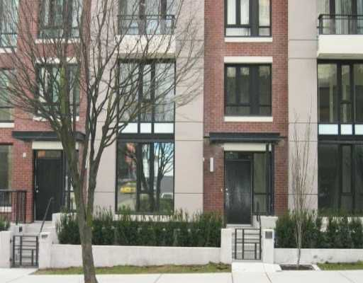 """Main Photo: 318 SMITHE Street in Vancouver: Downtown VW Townhouse for sale in """"YALETOWN PARK II"""" (Vancouver West)  : MLS®# V633230"""