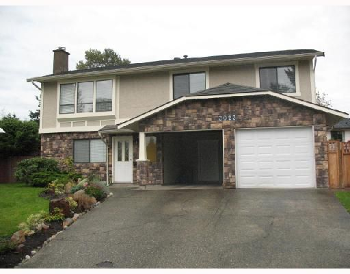 "Main Photo: 3023 REECE Avenue in Coquitlam: Meadow Brook House for sale in ""MEADOW BROOK"" : MLS®# V674406"