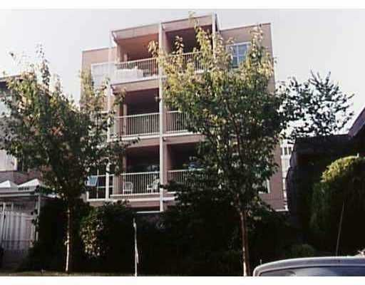 """Main Photo: 302 985 W 10TH Avenue in Vancouver: Fairview VW Condo for sale in """"THE MONTE CARLO"""" (Vancouver West)  : MLS®# V693755"""