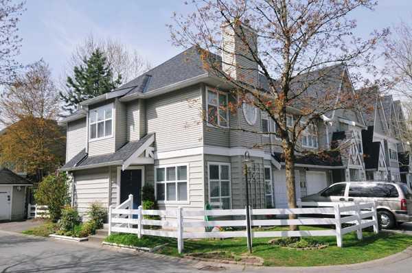 """Main Photo: # 17 11757 236TH ST in Maple Ridge: Cottonwood MR Condo for sale in """"Galiano"""" : MLS®# V823235"""