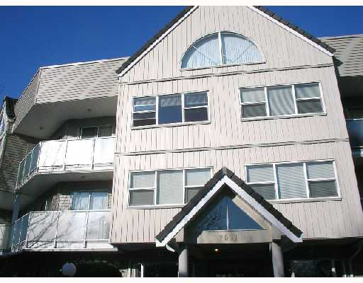 "Main Photo: 305 7011 BLUNDELL Road in Richmond: Brighouse South Condo for sale in ""WINDSOR GARDEN"" : MLS®# V701334"