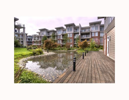 "Main Photo: 204 4211 BAYVIEW Street in Richmond: Steveston South Condo for sale in ""THE VILLAGE 2 IMPERIAL LANDING"" : MLS®# V710020"