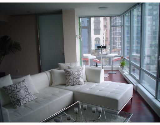Main Photo: 802 1255 SEYMOUR Street in Vancouver: Downtown VW Condo for sale (Vancouver West)  : MLS®# V711591