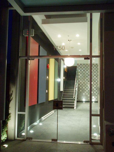 Main Photo: # 208 1750 W 3RD AV in Vancouver: Townhouse for sale : MLS®# V705428