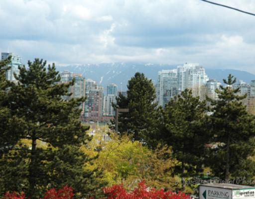 """Main Photo: 1 1266 W 6TH Avenue in Vancouver: Fairview VW Townhouse for sale in """"CAMDEN COURT"""" (Vancouver West)  : MLS®# V704560"""