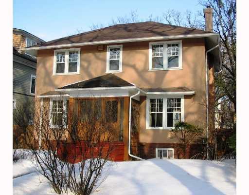 Main Photo: 210 OAK Street in WINNIPEG: River Heights / Tuxedo / Linden Woods Residential for sale (South Winnipeg)  : MLS®# 2804262