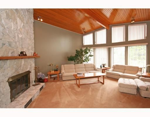 Photo 3: Photos: 820 SIGNAL CT in Coquitlam: House for sale : MLS®# V786806