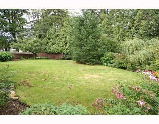 Photo 10: Photos: 820 SIGNAL CT in Coquitlam: House for sale : MLS®# V786806