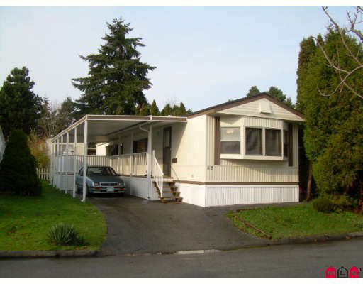 "Main Photo: 67 7790 KING GEORGE Highway in Surrey: Bear Creek Green Timbers Manufactured Home for sale in ""Crispen Bays"" : MLS®# F2729422"