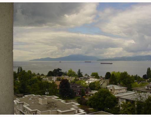 """Main Photo: 1101 2445 W 3RD Avenue in Vancouver: Kitsilano Condo for sale in """"CARRIAGE HOUSE"""" (Vancouver West)  : MLS®# V656556"""