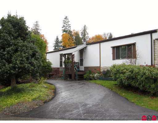 """Main Photo: 22 2035 MARTENS Street in Abbotsford: Poplar Manufactured Home for sale in """"Maplewood Estates"""" : MLS®# F2727186"""