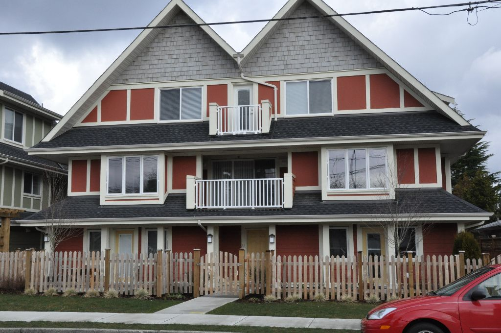 "Main Photo: # 21 335 E 33RD AV in Vancouver: Main Townhouse for sale in ""WALK TO MAIN"" (Vancouver East)"
