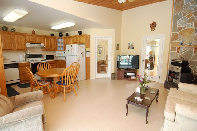 Photo 13: Photos: 6075 WISTERIA WAY in DUNCAN: House for sale : MLS®# 319649