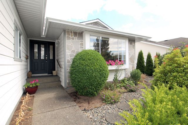 Photo 2: Photos: 6075 WISTERIA WAY in DUNCAN: House for sale : MLS®# 319649