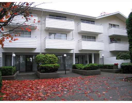 """Main Photo: 319 707 8TH Street in New Westminster: Uptown NW Condo for sale in """"THE DIPLOMAT"""" : MLS®# V793958"""