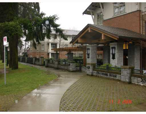 """Main Photo: 318 2083 W 33RD Avenue in Vancouver: Quilchena Condo for sale in """"DEVONSHIRE HOUSE"""" (Vancouver West)  : MLS®# V685547"""