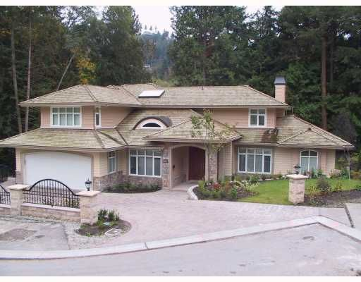 Main Photo: 5624 Eagle Creek Place in West Vancouver: Eagle Harbour Condo for sale