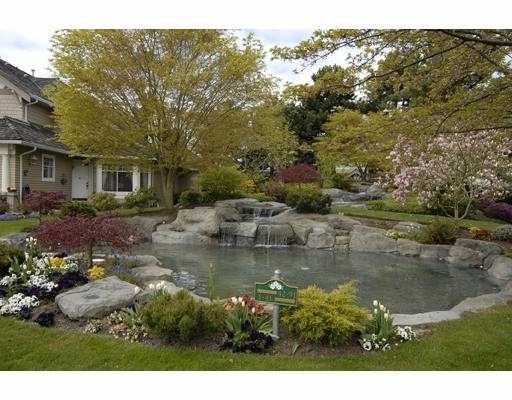 Main Photo: 2 5531 CORNWALL Drive in Richmond: Terra Nova Townhouse for sale : MLS®# V703821