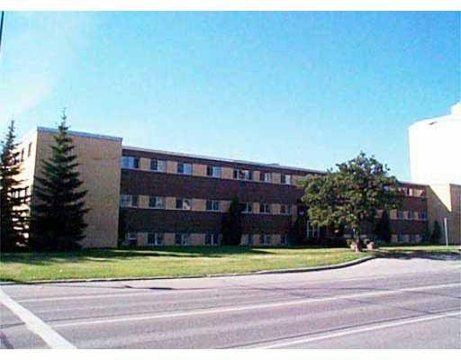Main Photo: 102 1002 GRANT Avenue in WINNIPEG: Fort Rouge / Crescentwood / Riverview Condominium for sale (South Winnipeg)  : MLS®# 2308516