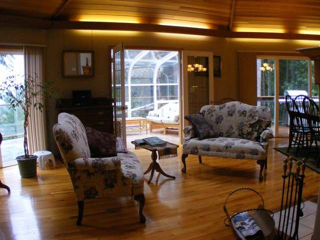 """Photo 3: Photos: 6297 CRESTWOOD DRIVE in DUNCAN: House for sale in """"Lakeview"""" : MLS®# 305173"""