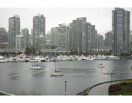 "Main Photo: 514 456 MOBERLY Road in Vancouver: False Creek Condo for sale in ""PACIFIC COVE"" (Vancouver West)  : MLS®# V674300"