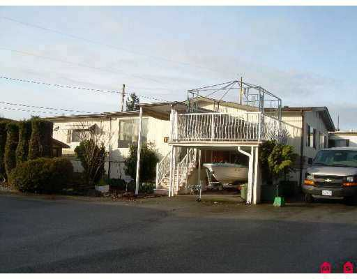 """Main Photo: 8266 KING GEORGE Highway in Surrey: Bear Creek Green Timbers Manufactured Home for sale in """"Plaza"""" : MLS®# F2703346"""