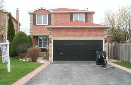 Main Photo: 5 Rainsford Rd in Markham: House (2-Storey) for sale (N11: LOCUST HIL)  : MLS®# N1119702
