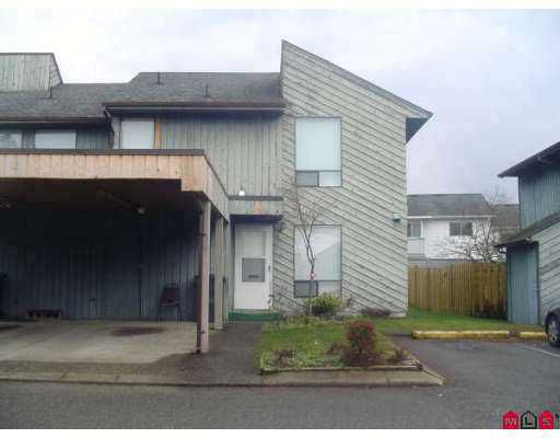 """Main Photo: 32550 MACLURE Road in Abbotsford: Abbotsford West Townhouse for sale in """"Clearbrook Village"""" : MLS®# F2703376"""